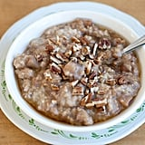 Slow-Cooker Apple Cinnamon Oatmeal