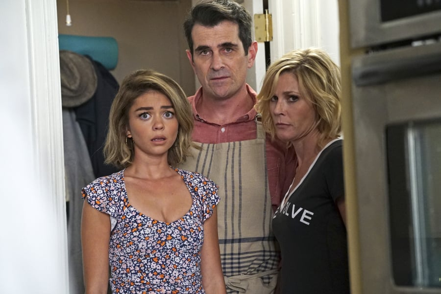 modern family season 7 premiere pictures popsugar entertainment