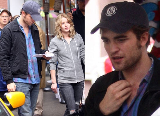 Robert Pattinson and Emilie De Ravin Filming Remember Me