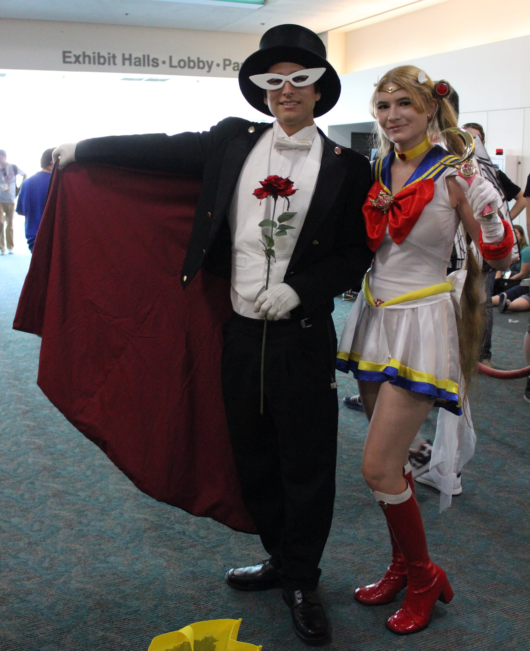 tuxedo mask and sailor moon the absolute best cosplays