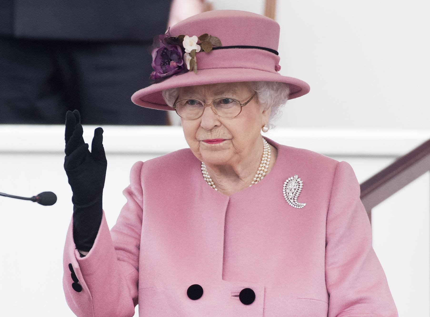 PLYMOUTH, ENGLAND - MARCH 27:  Her Majesty Queen Elizabeth II attends the decommissioning ceremony for HMS Ocean on March 27, 2018 in Plymouth, England.  (Photo by Samir Hussein/WireImage)