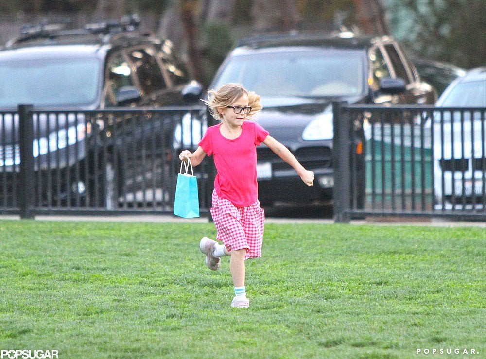 Jennifer Breaks From the Red Carpet For a Park Day With Violet