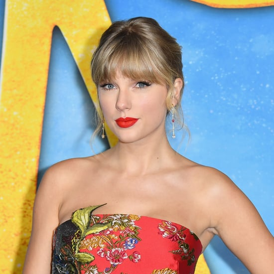 Taylor Swift Asks Followers to Vote Early Amid USPS Crisis