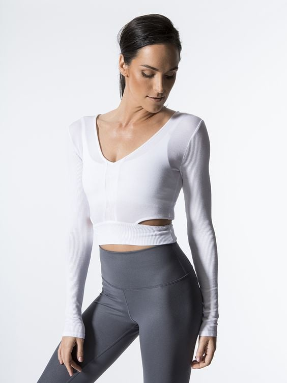 Alo Aura Crop Long Sleeve ($76)