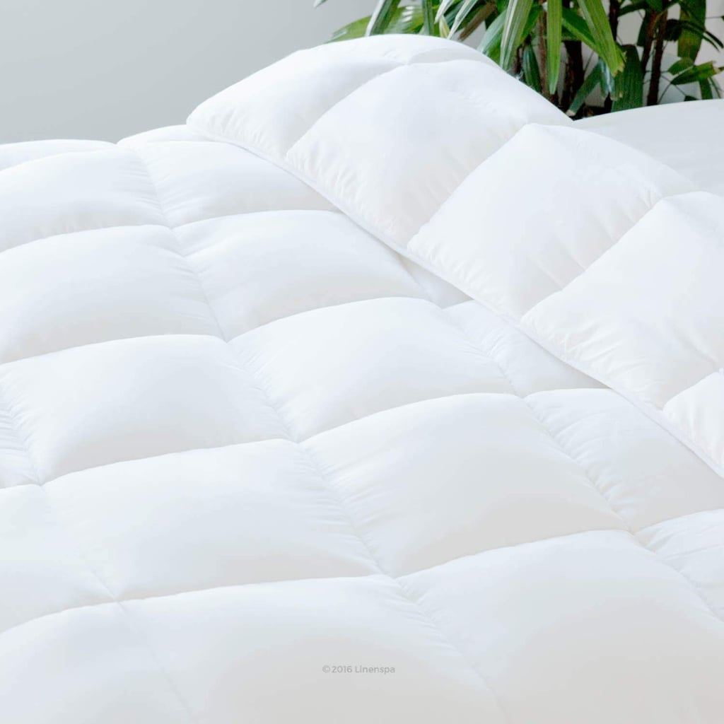 LINENSPA All-Season White Down Alternative Quilted Comforter in Oversized Queen