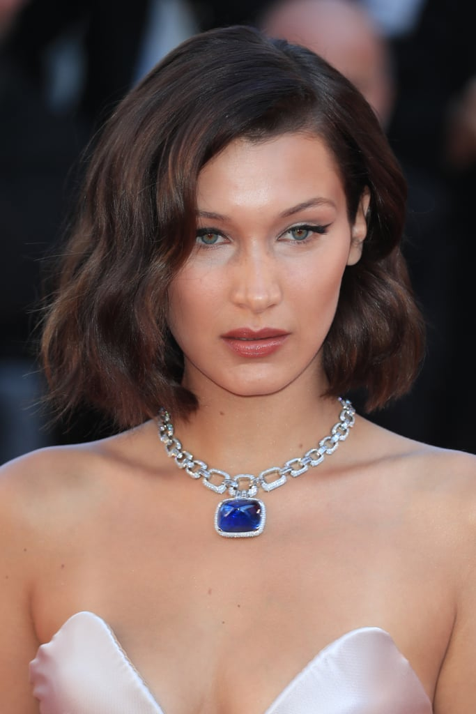 Bella Hadid Styled Her Alexandre Vauthier Gown With a Sapphire Necklace That Reminded Us of the One From Titanic
