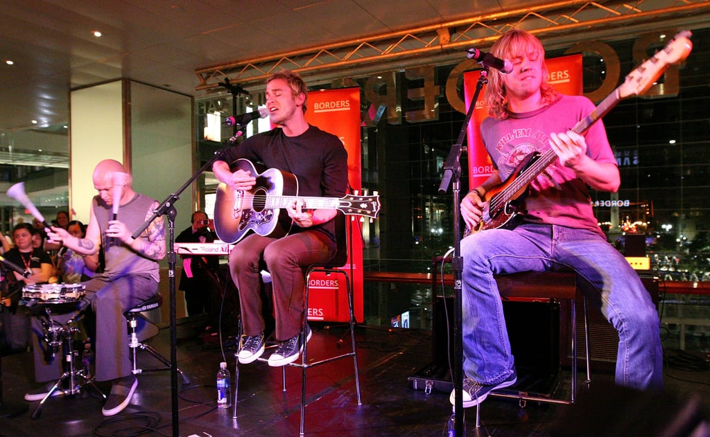 When Lifehouse Performed at Borders For the Release of the Seventh Book