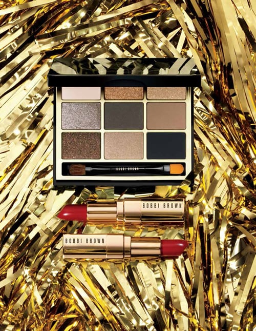 The collection contains an eye palette and two red lipsticks to create the ultimate in Old Hollywood glamour.