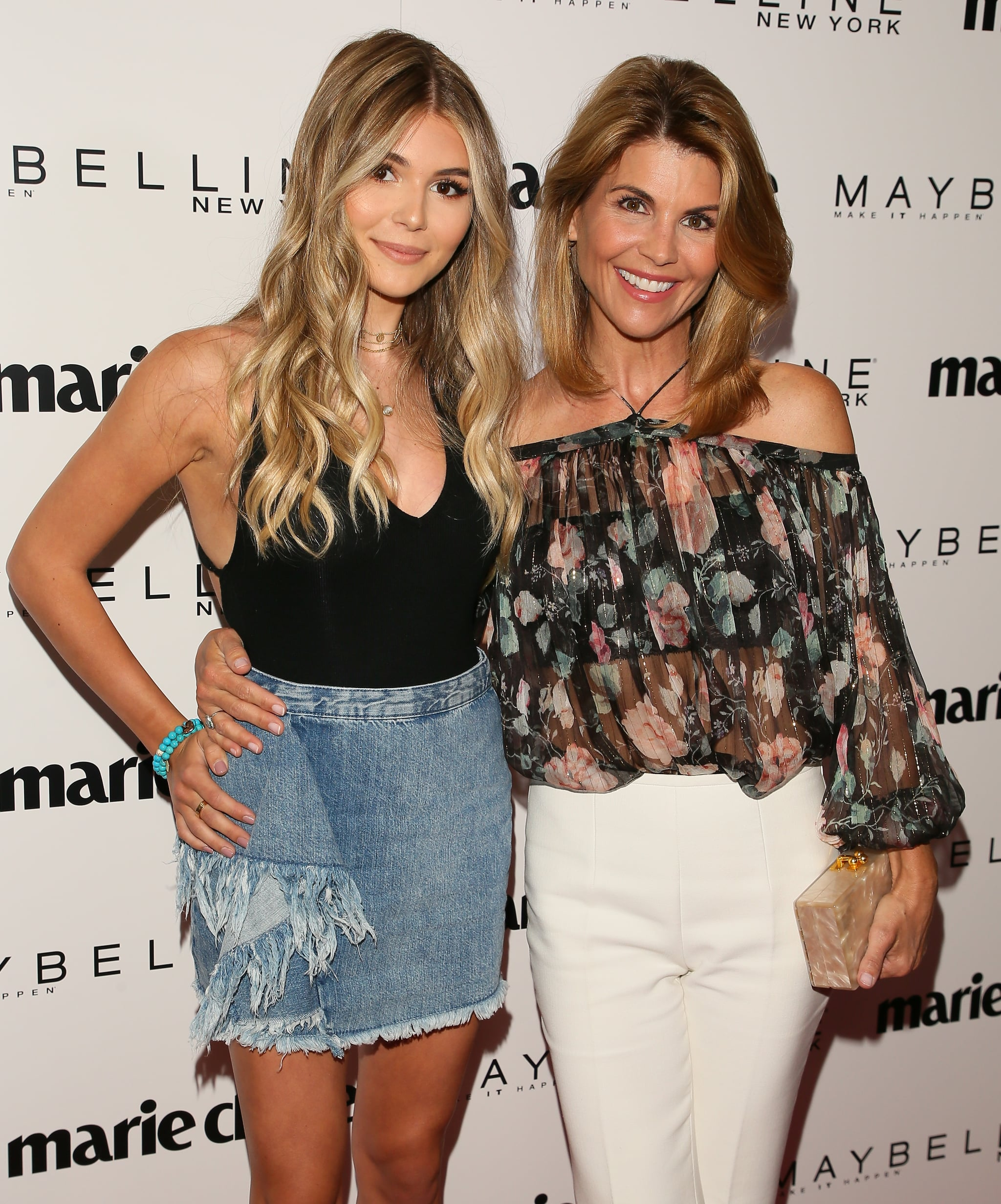 Lori Loughlin and Her Daughter on the Red Carpet April 2017 ...