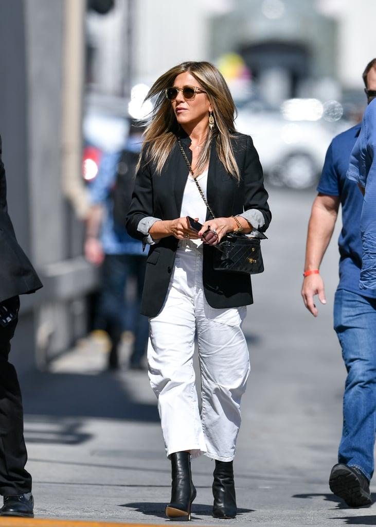 Jennifer Aniston's White Cargo Pants