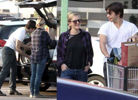 Photos of Justin Long and Drew Barrymore Out Shopping in Los Angeles