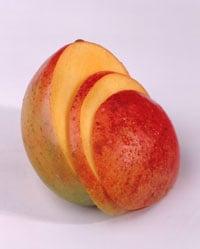 Home Spa Treatment: Mango Toner to Treat Red Skin