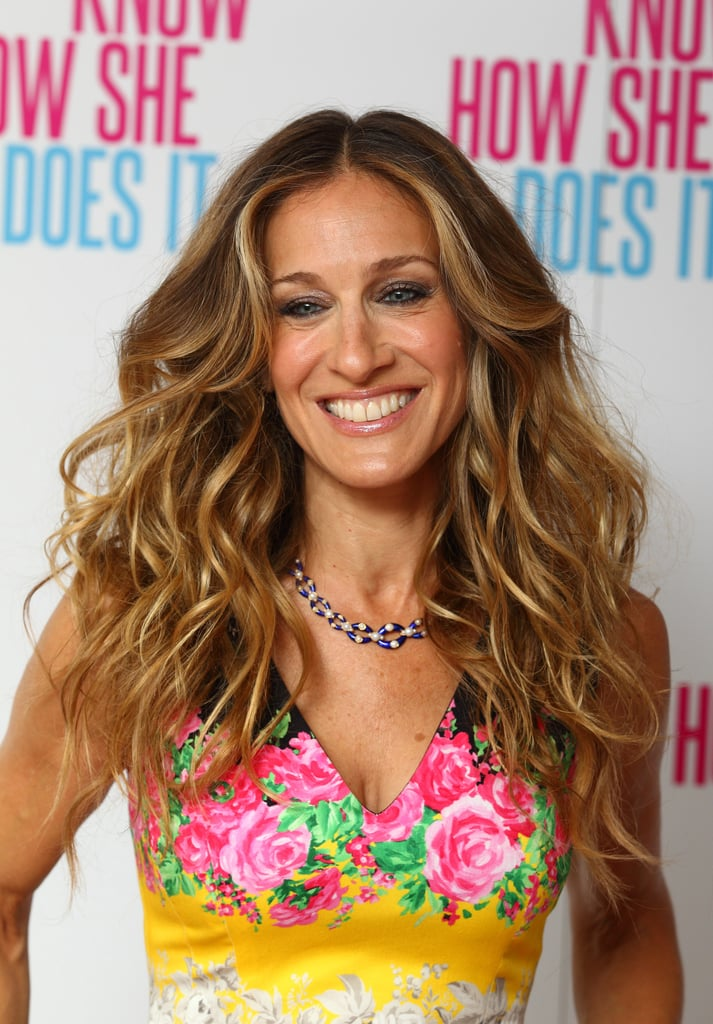 Sarah Jessica Parker poses for I Don't Know How She Does It.