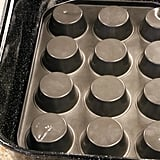 How to Hack a Roasting Pan With a Muffin Tin