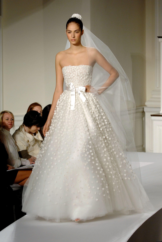 oscar de la renta spring 2009 bridal collection popsugar fashion. Black Bedroom Furniture Sets. Home Design Ideas