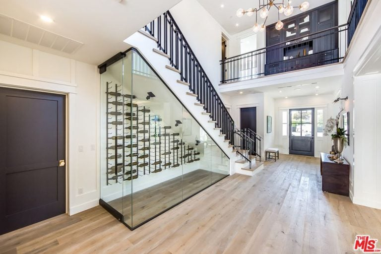Bella Thorne Buys LA House | POPSUGAR Home Middle East