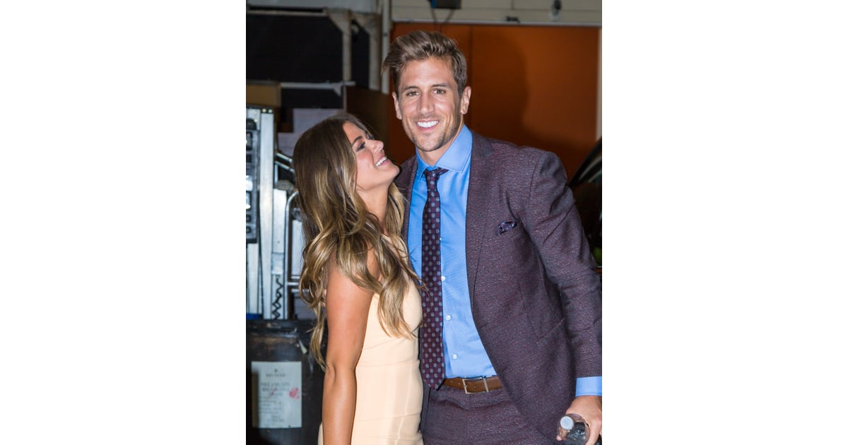 Jojo Fletcher And Jordan Rodgers Love Is In The Air All