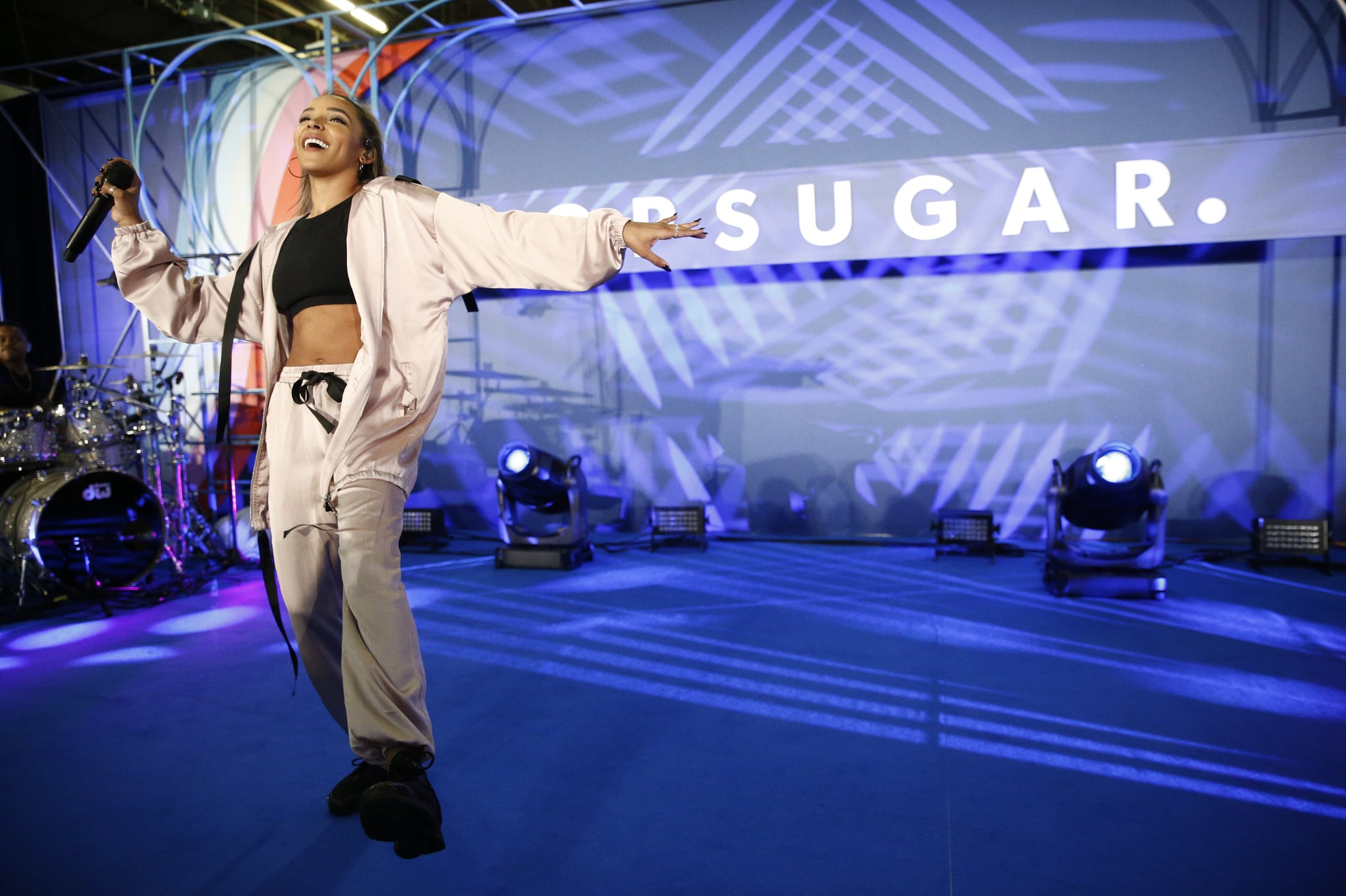 NEW YORK, NY - JUNE 09:  Tinashe attends day 1 of POPSUGAR Play/Ground on June 9, 2018 in New York City.  (Photo by Brian Ach/Getty Images for POPSUGAR Play/Ground)