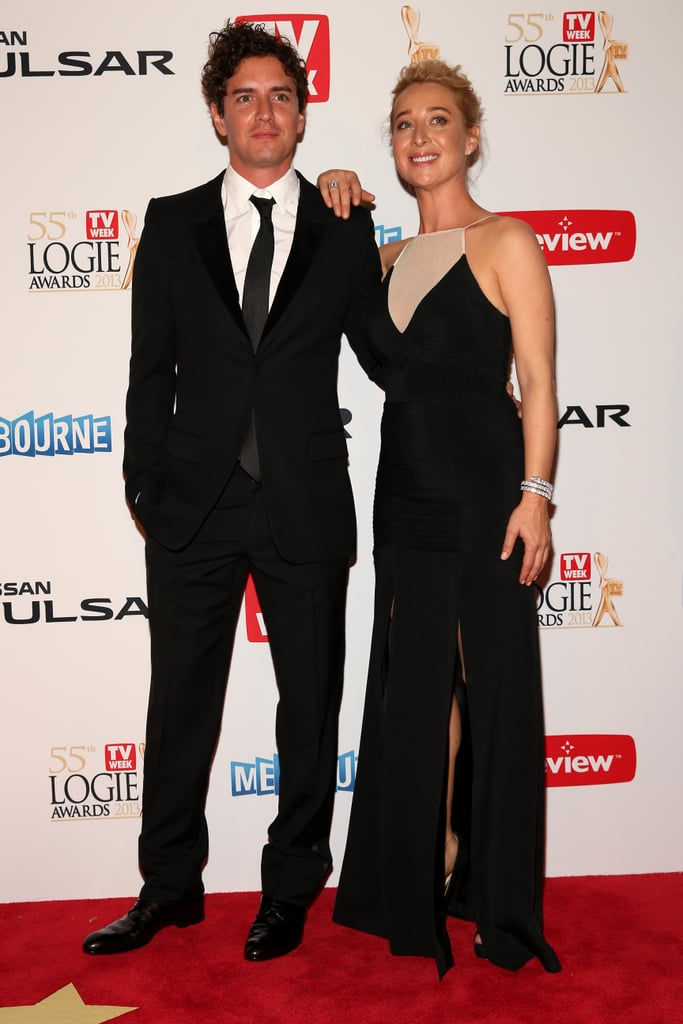 Asher Keddie chose a streamlined black gown by Yeojin Bae for the 2013 Logies in Melbourne tonight. The Offspring star was accompanied by her boyfriend, Melbourne artist Vincent Fantauzzo, for Australian TV's night of nights, where she's nominated for most popular actress and the Gold Logie. Asher is one of TV's golden girls and has heaps of fans, but is it enough to beat competition from Hamish Blake, Andy Lee, Adam Hills, Carrie Bickmore and Steve Peacocke? Vote in our Gold Logie poll and weigh in on Asher's style in our fashion and beauty polls.