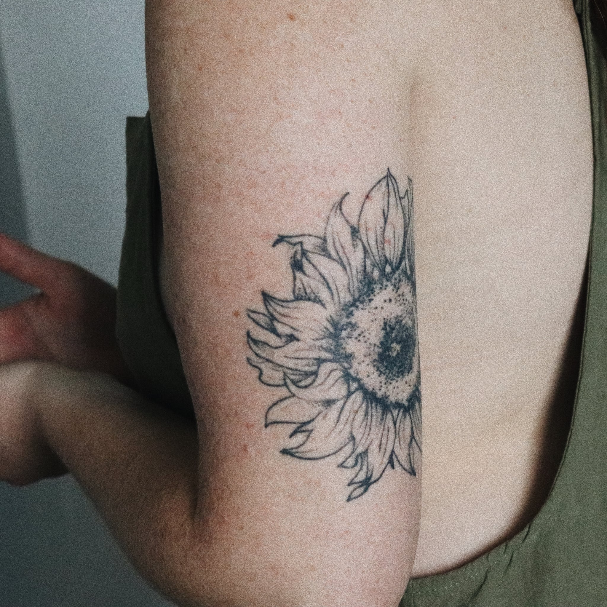 What To Do When A Tattoo Gets Infected Questions And Tips Popsugar Beauty How to know if something isn't right. what to do when a tattoo gets infected