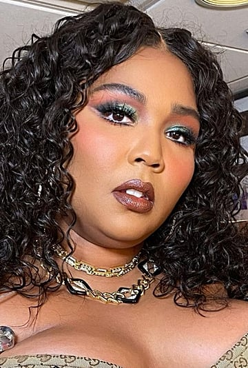 Lizzo's Makeup Artist Breaks Down Her Beauty Evolution