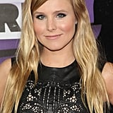 Kristen Bell's casual waves and full lashes added a touch of softness to her rock-star leather dress.