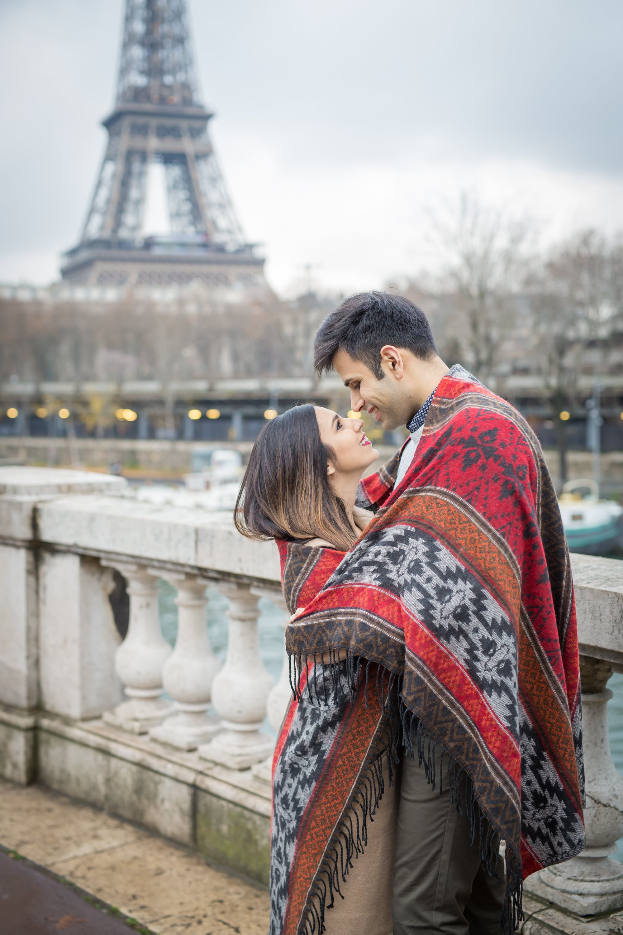 Love & Sex | This Couple's Engagement Shoot in Paris Is So