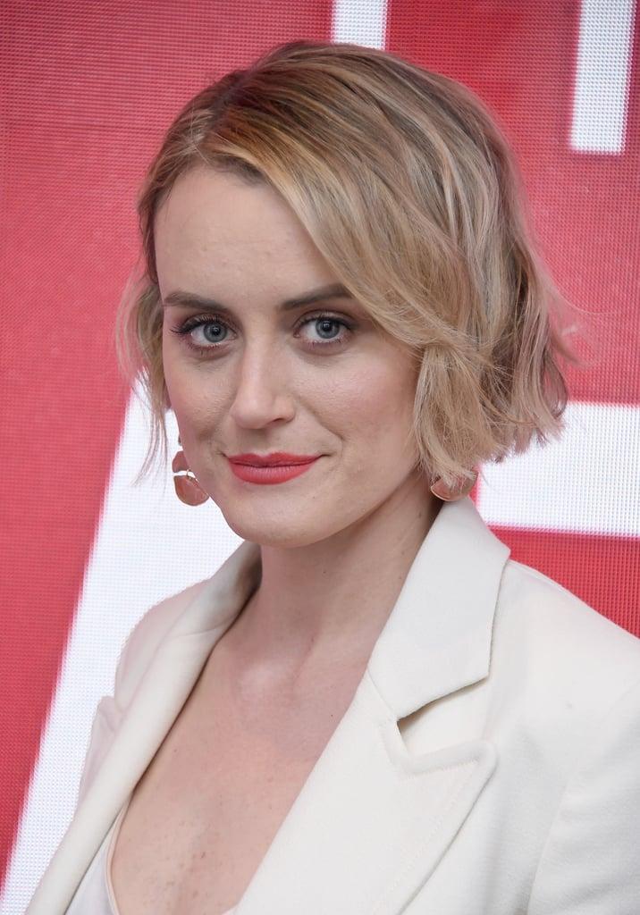 Taylor Schilling Short Hair April 2019 | POPSUGAR Beauty ...Taylor Schilling Girlfriend 2019