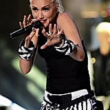 Gwen Stefani took the stage at the 2012 Teen Choice Awards to perform with No Doubt.