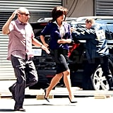 Tiffani Thiessen and Willie Garson sprinted across the street.