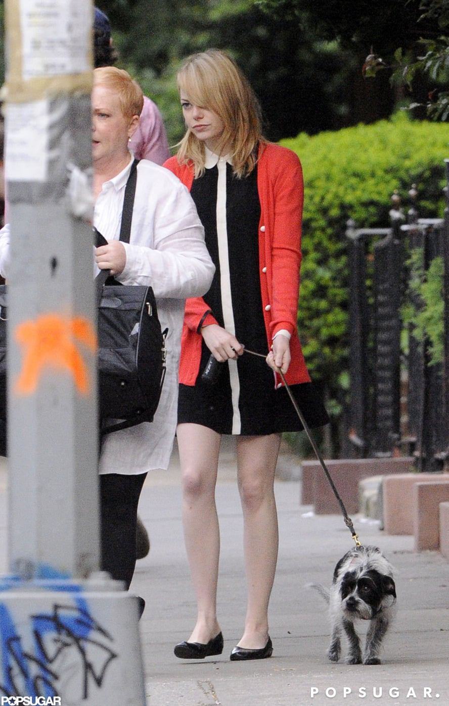 Emma Stone walked her mom out to a car with her dog in NYC.
