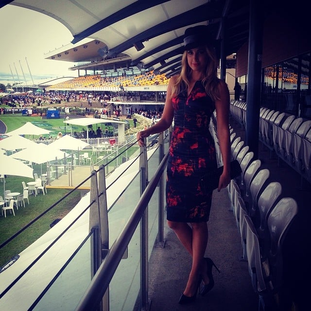 Laura Dundovic was looking stunning in a black and red Cue dress and Kerrie Stanley hat. Source: Instagram user lauradundovic