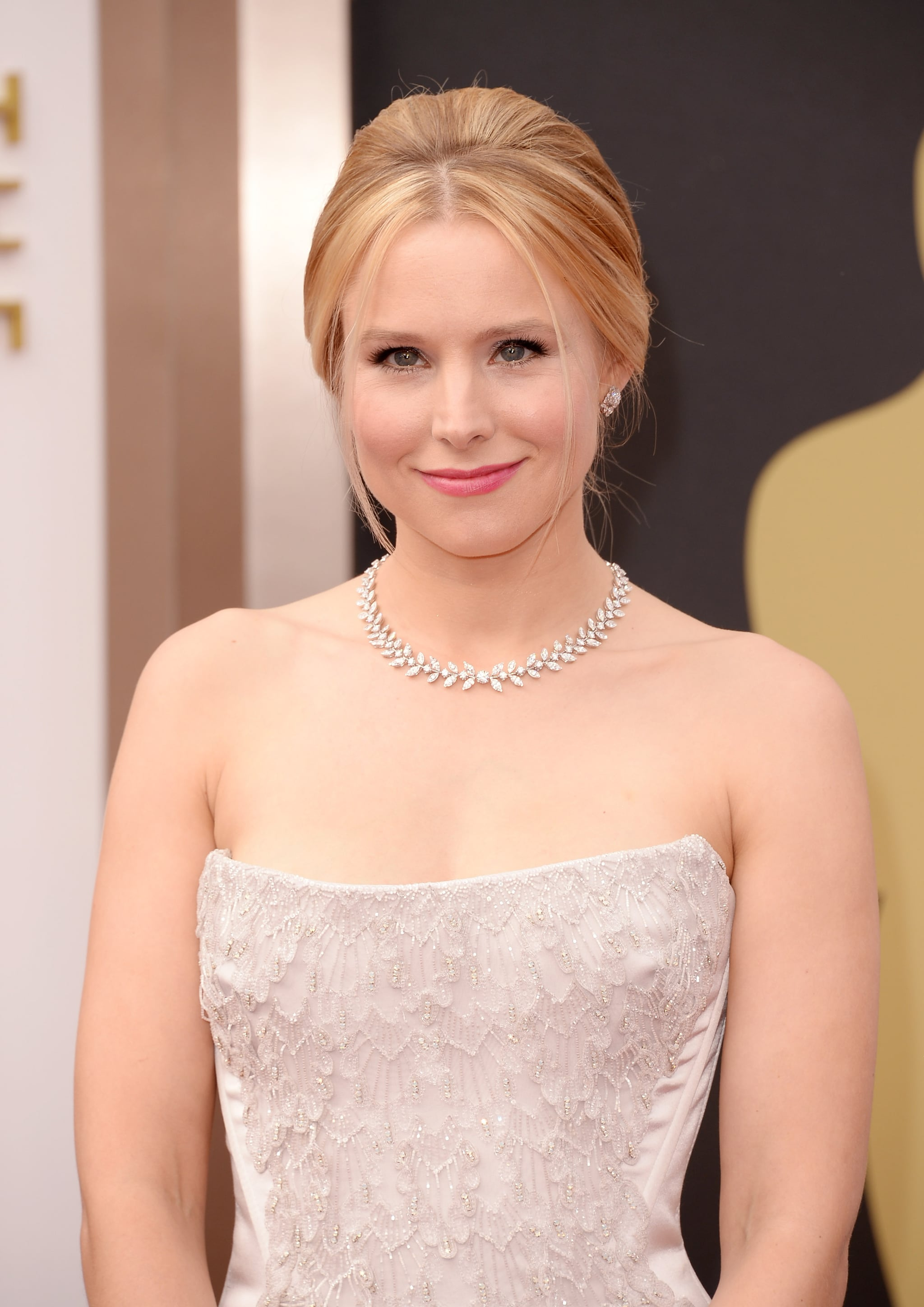 Kristen Bell at 2014 Oscars