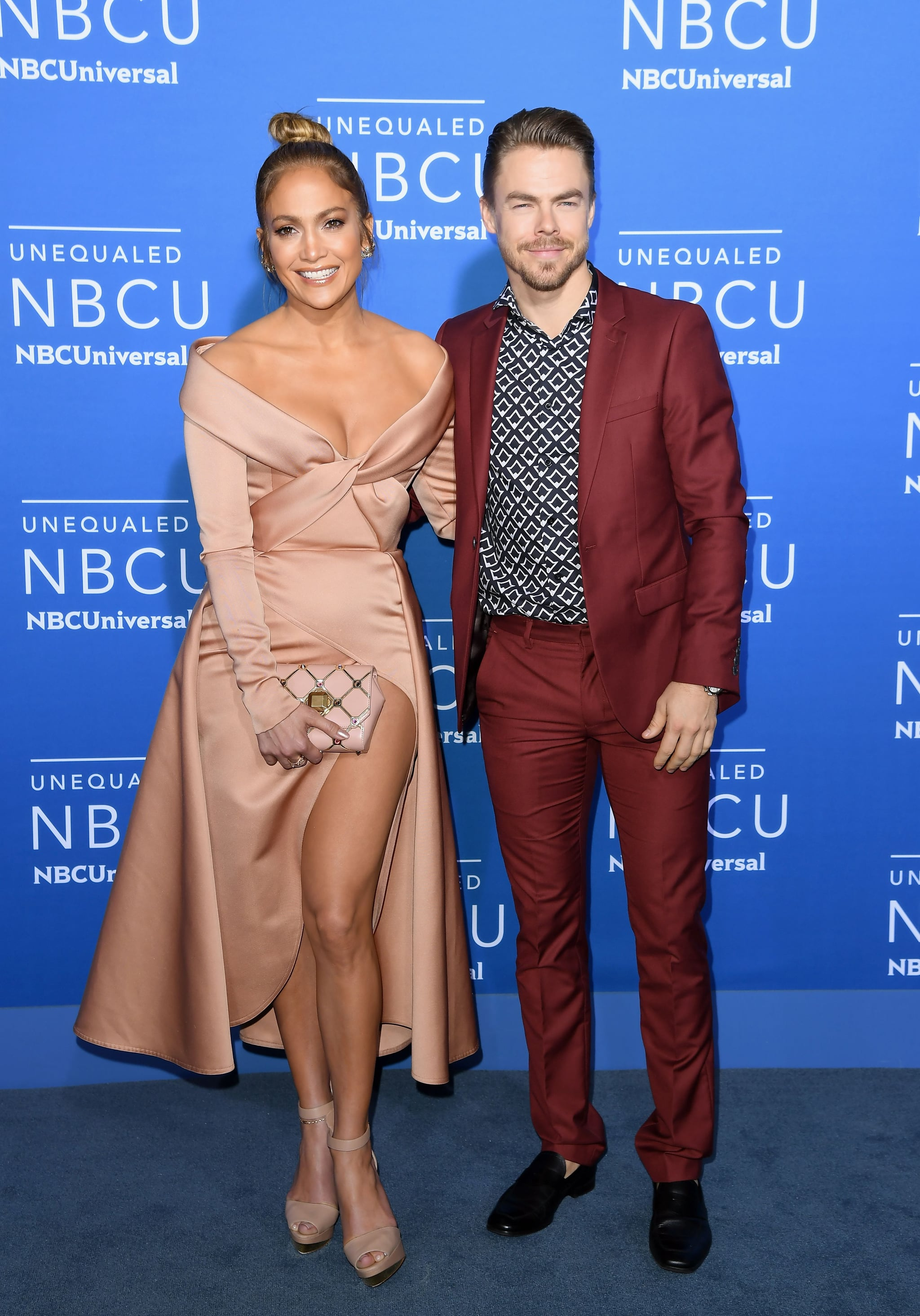 Jennifer Lopez and Derek Hough attend the NBCUniversal 2017 Upfront on May 15, 2017 in New York City.  / AFP PHOTO / ANGELA WEISS        (Photo credit should read ANGELA WEISS/AFP via Getty Images)