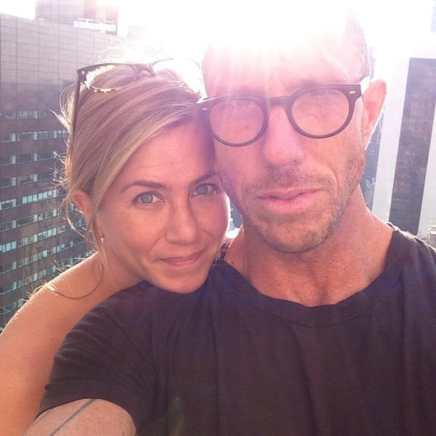 Jennifer Aniston's hairstylist, Chris McMillan, shared a photo of Jen without makeup before her big press day in NYC. Source: Instagram user mrchrismcmillan