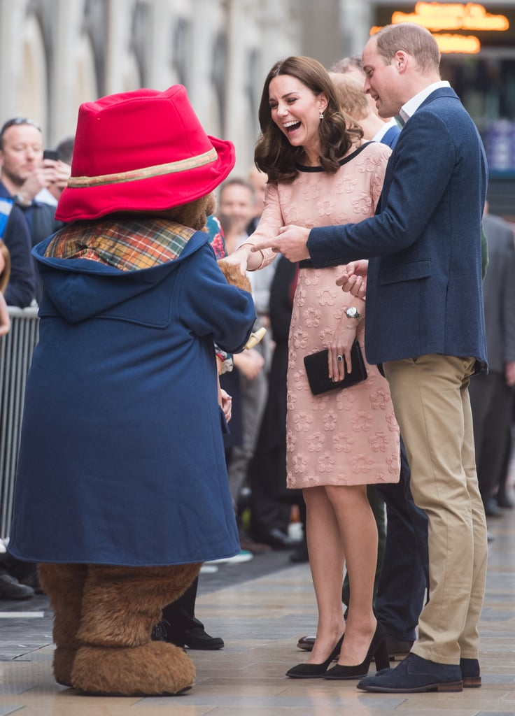 Kate and Will had a casual chat with Paddington Bear.