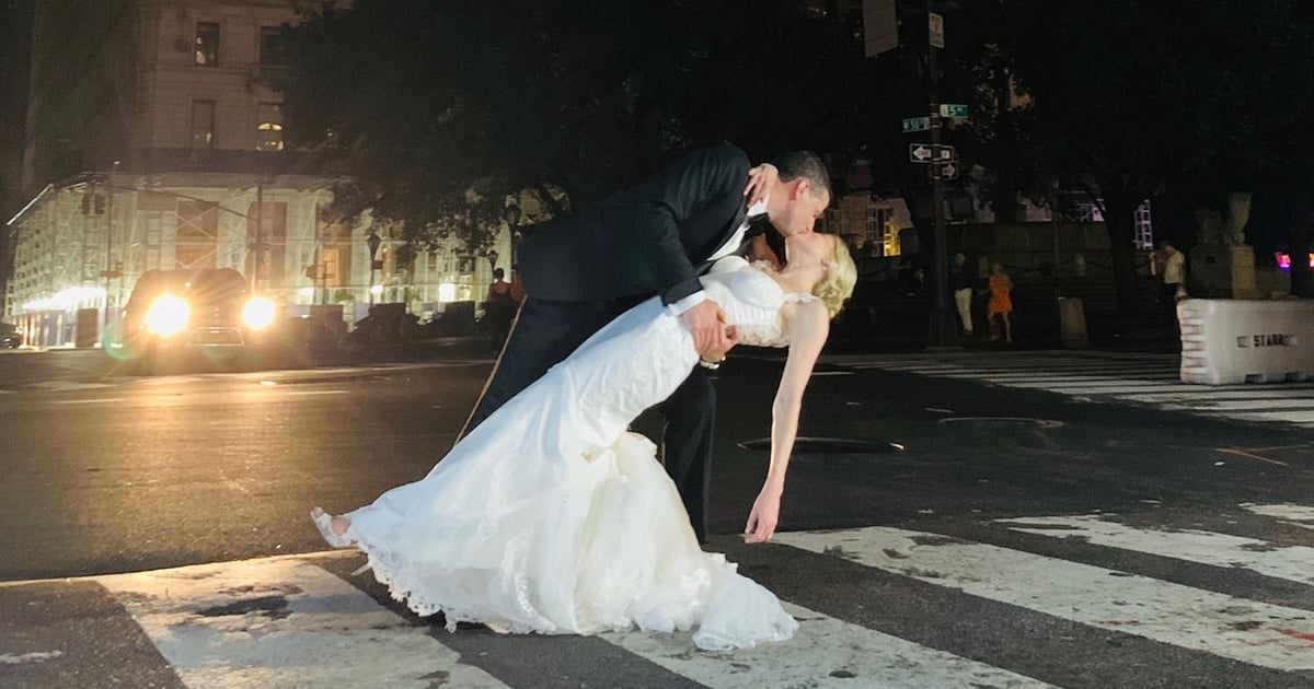 This Couple Got Married by Candlelight During the NYC Blackout, and It Looked SO Romantic