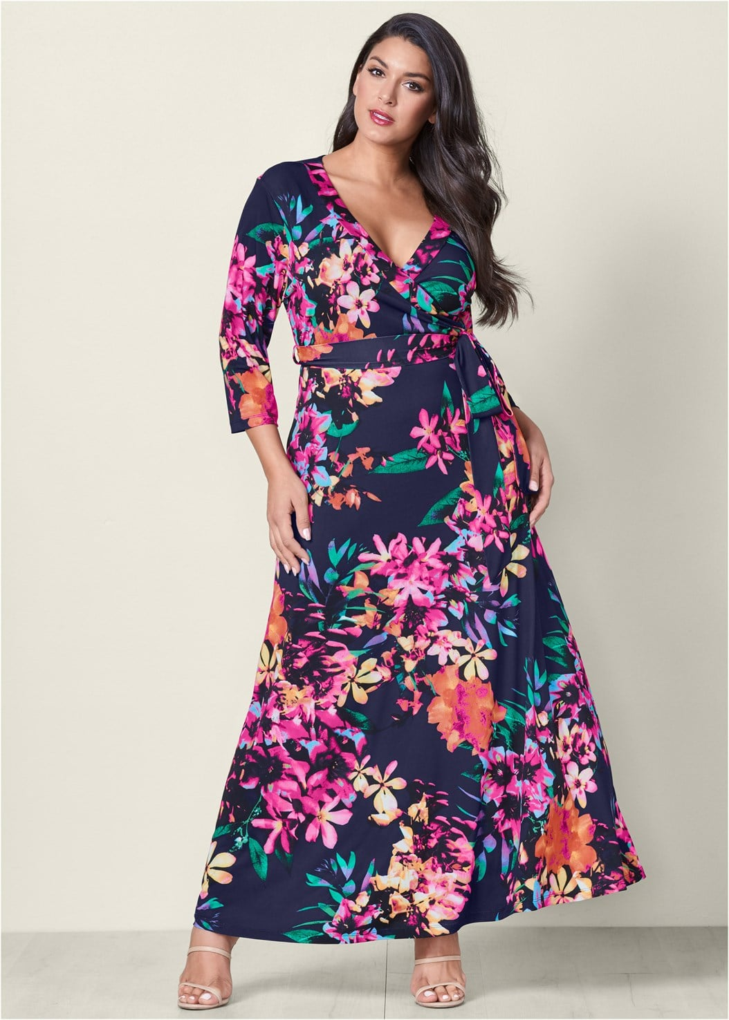 Venus Plus Size Floral Print Maxi Dress | Hailey Baldwin\'s ...