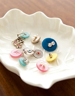 Casa Quickie: New Uses For Old Buttons