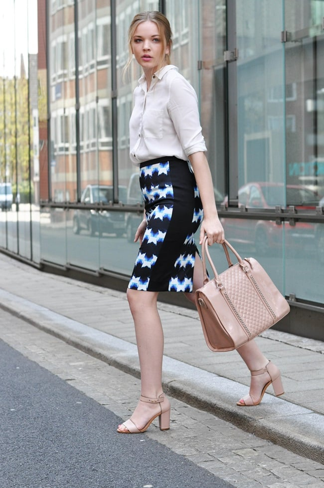 Our perfect Summer office ensemble looks something like this: breezy blouse, bold pencil skirt. Source: Lookbook.nu