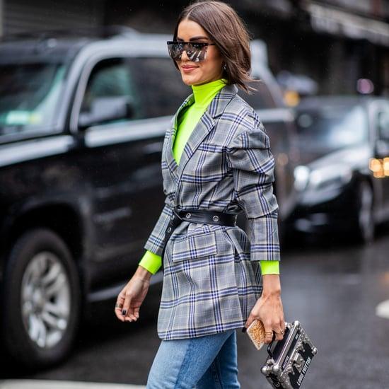 كيفية ارتداء بنطال الجينز مع الكنزة
