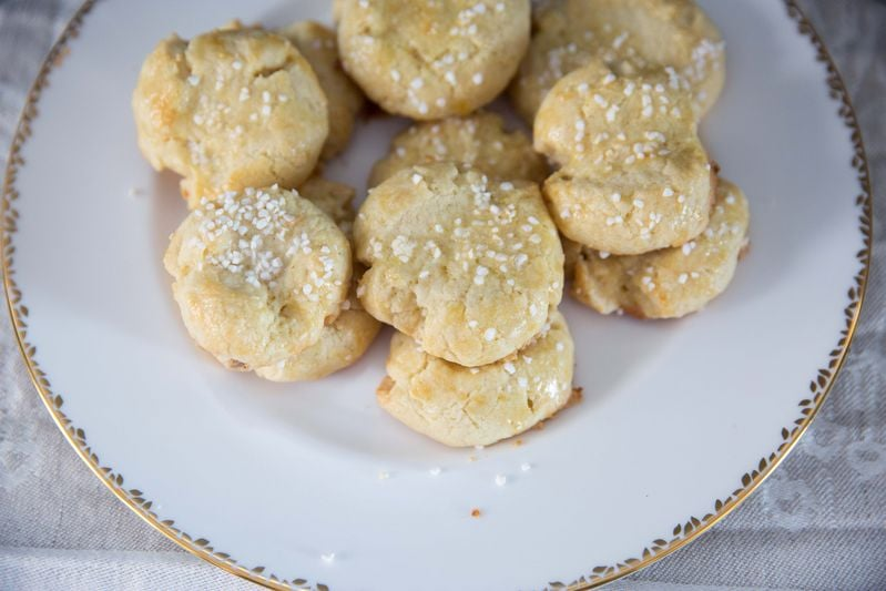 Norway: Serinakaker (Butter Cookies)