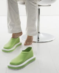 DustMates: Vacuum With Your Feet