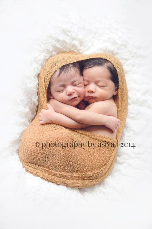 Newborn twin photo ideas popsugar moms