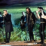 One Direction Performing at the American Music Awards in 2014