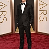 Joseph Gordon-Levitt Goes Dapper For Oscars Night