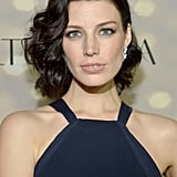 At the Audi and Altuzarra Kick-Off Party, Jessica Paré opted for a vintage hairstyle and nude lips.