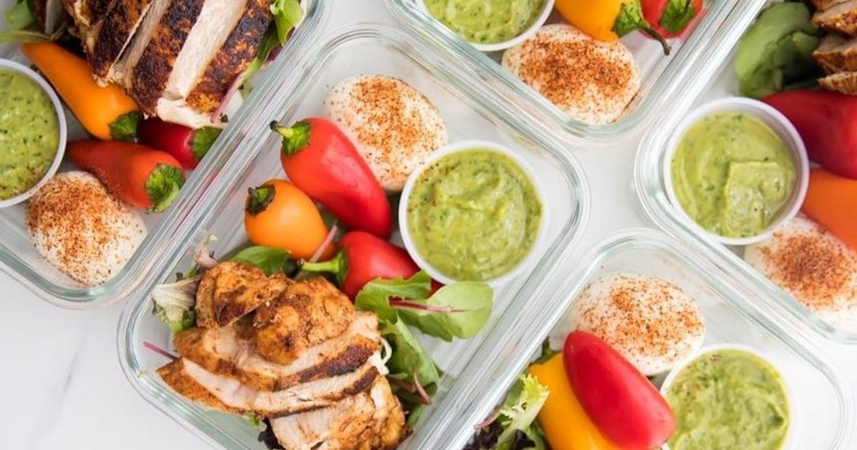 These Chicken Dishes Are Short on Carbs but Not on Flavor — and Perfect For Meal Prep