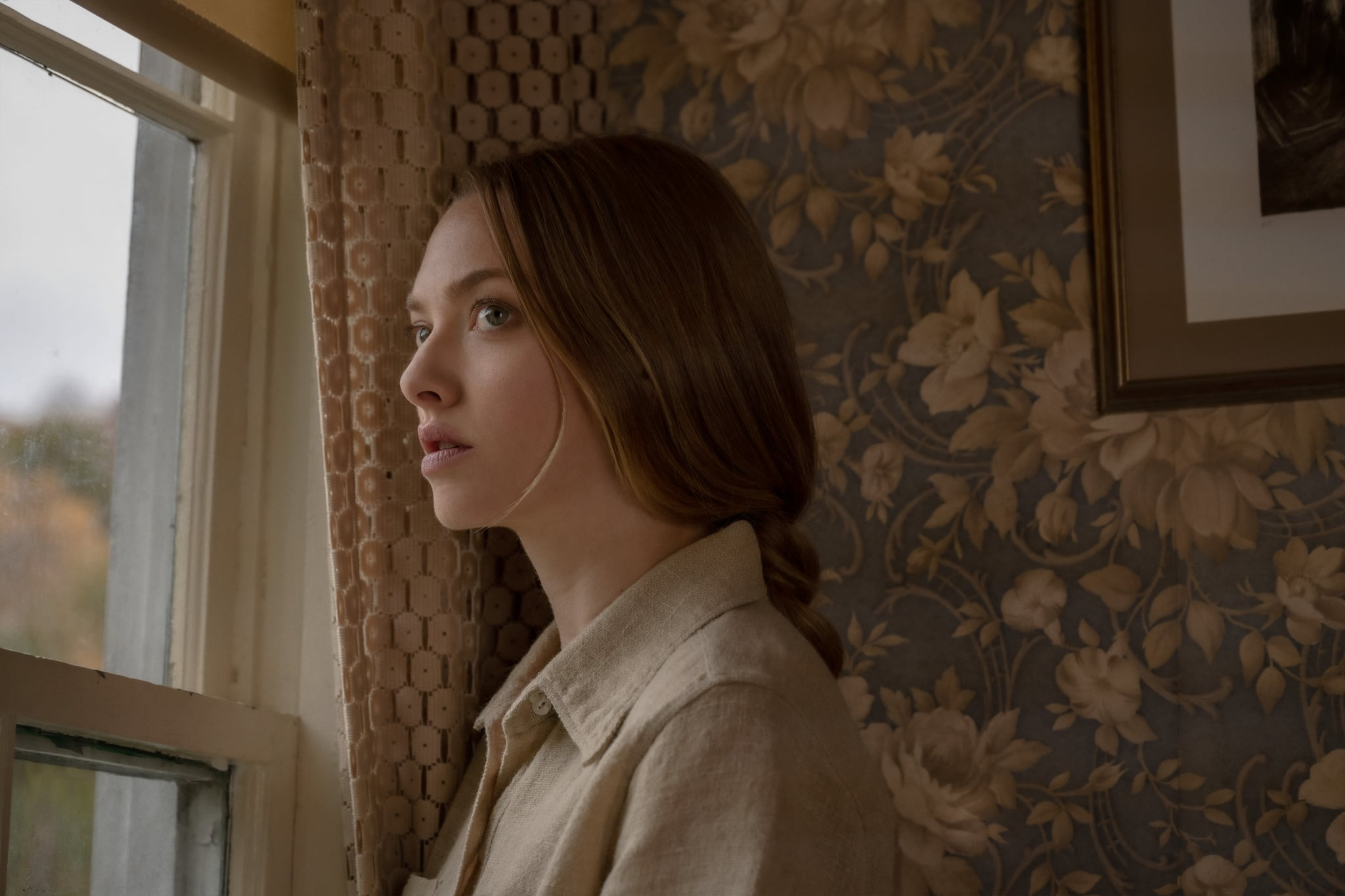 Things Heard And Seen: Amanda Seyfried as Catherine Clare. Cr. Anna Kooris/NETFLIX © 2020.