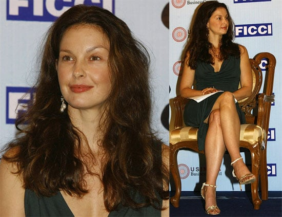 Ashley Judd Promotes AIDS Awareness in India